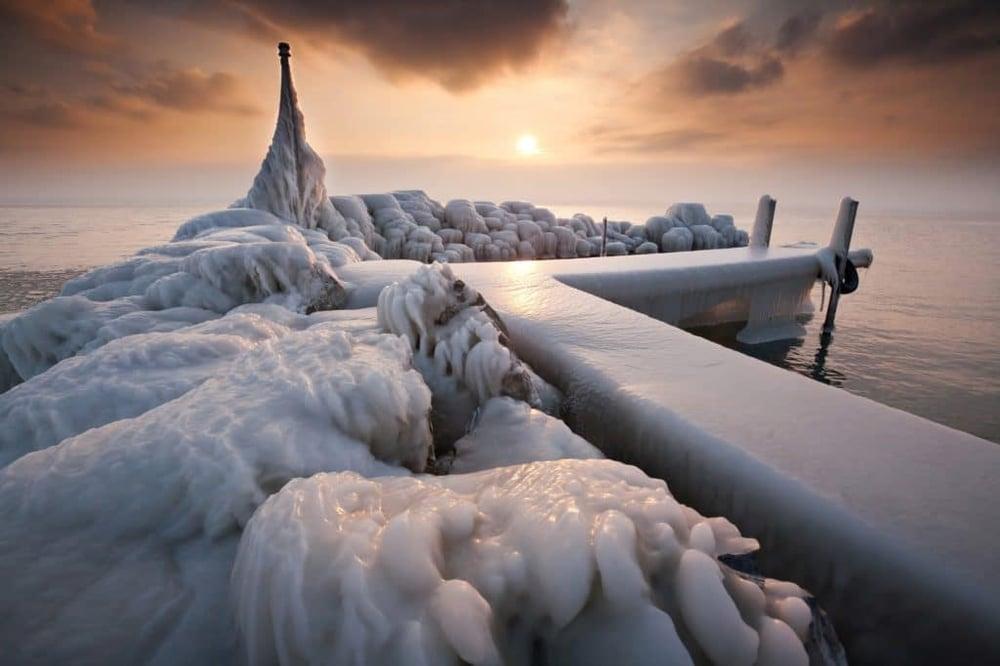 Photo de paysage de glace pour faire référence au cold emailing