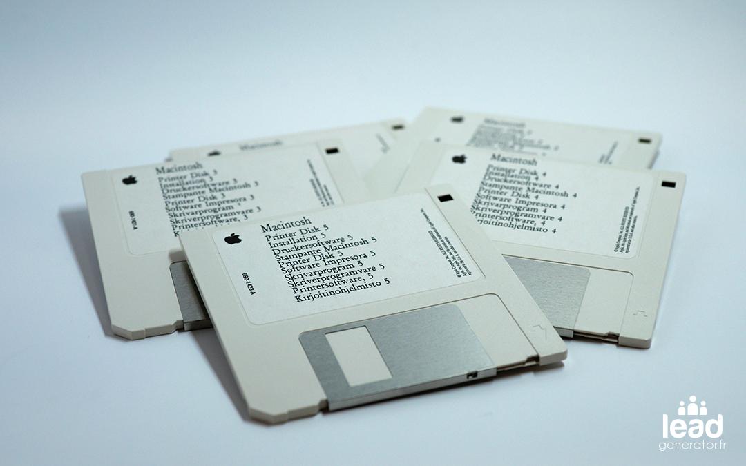 Photo de disquettes pour imager le critère installation et paramétrage pour choisir un cms