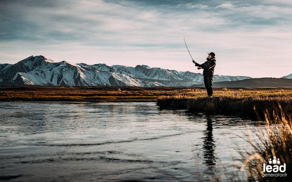 Photo d'un pêcheur à la ligne pour illustrer le fait de générer des leads