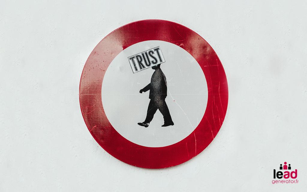 Photo d'un panneau interdit rouge et blanc pour symboliser les pratiques à ne jamais faire en prospection sur linkedin