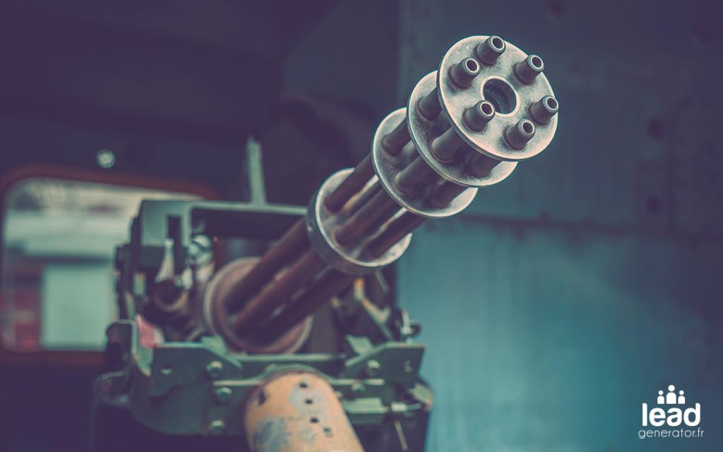 Image d'une mitrailleuse pour illustrer une machine à générer des leads et un retour sur investissement